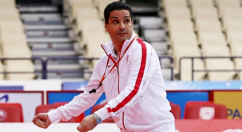 Σφαιρόπουλος: «Είναι ευγενικός ο Λοτζέσκι και απαντά αντί να σας πει... τίποτα άλλα»