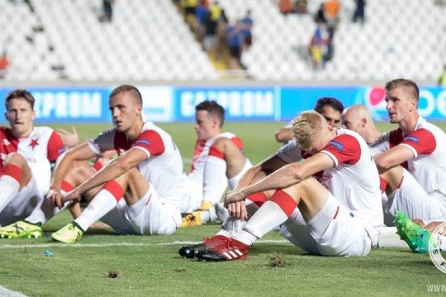 Οι παίκτες της Σλάβια ζήτησαν συγγνώμη από τους οπαδούς τους