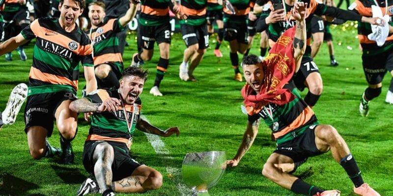 Η Βενέτσια στη Serie A με 10 παίκτες και γκολ στο 93′! (vid)