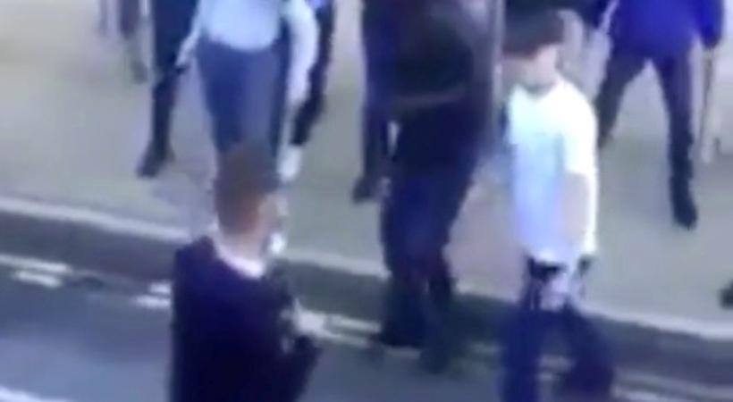 Βίντεο σοκ: Επίθεση οπαδών της Γουέστ Χαμ με μαχαίρι σε φίλους της Μίντλεσμπρο