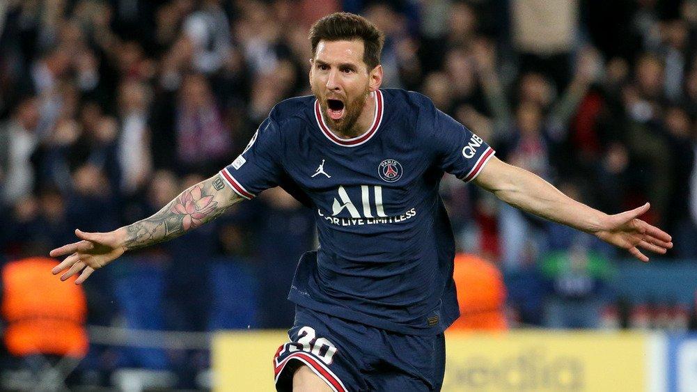 Lionel Messi 1ch6rbk1suxhf1uzp0kp6xw31p